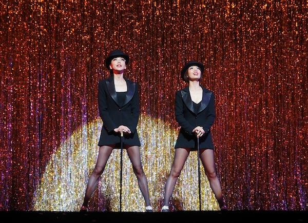 ロキシー(朝海ひかる)と踊る和央さん=20日、David H. Koch Theater(Photo by NY Biz/吉田)