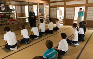 日本語だけではなく日本文化の習得も必要